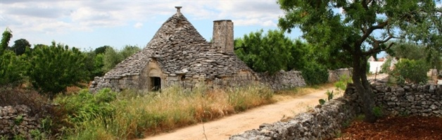 alberobello walk  puglia guided walking tour
