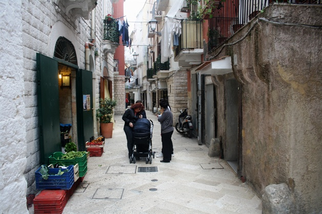 bari  puglia guided walking tour