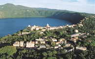 Hidden Italy weekend:  Alban Hills, lakes forests and Renaissance palaces.