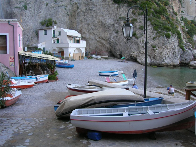 amalfi coast walking tour conca beach