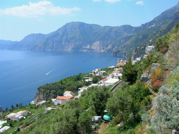amalfi coast walking tour positano view 1