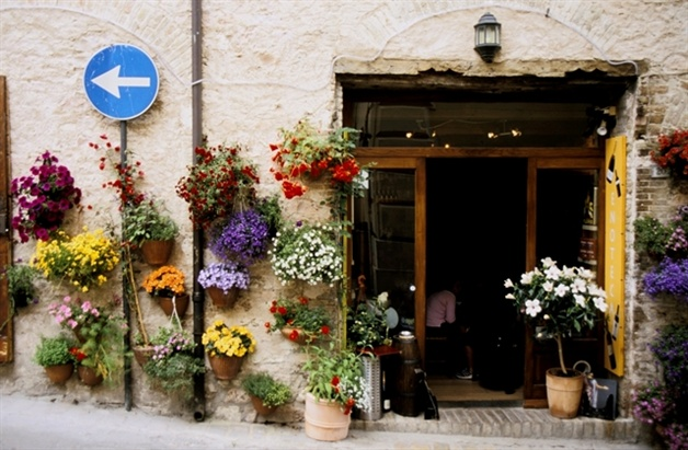 Italian Florence: 2. Central Italy: Umbria Classic, A